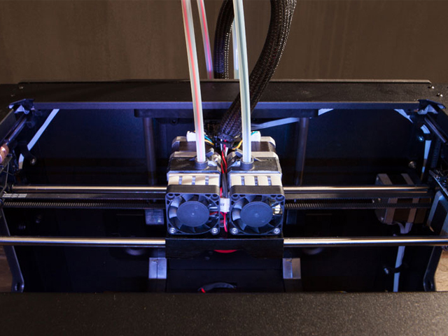 Dual Extrusion MakerBot Replicator 2X 3D Drucker